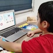 Khắc phục khó khăn trong việc dạy và học trực tuyến
