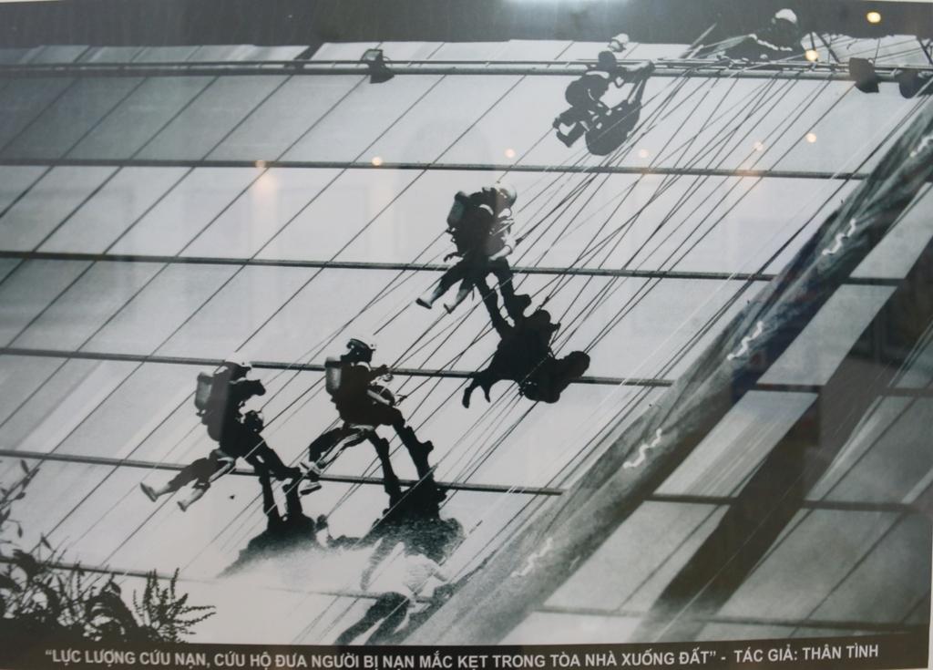 pvgas dong hanh cung trien lam vi binh yen cuoc song