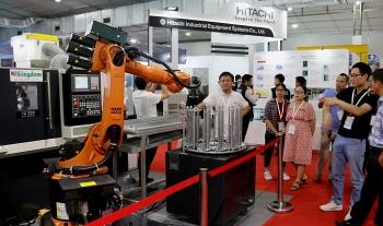 Trưng bày máy móc hiện đại, thiết bị thông minh tại MTA HANOI 2019