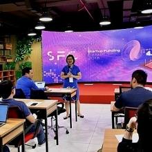 khoi dong chuong trinh startup funding camp 2018