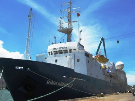 Bạn biết gì về con tàu nổi tiếng 'Bình Minh 02'?