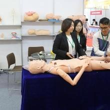 vietnam medipharm expo 2018 noi hoi tu nhung thuong hieu lon cua nganh y duoc