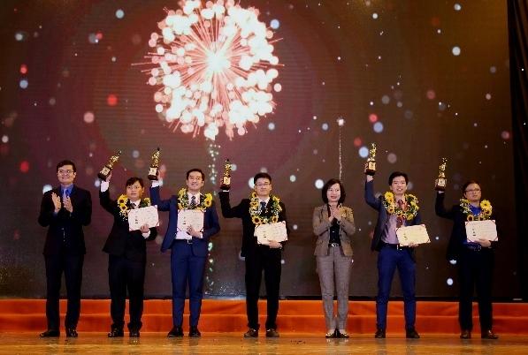 10 tài năng khoa học công nghệ trẻ nhận giải thưởng Quả cầu vàng 2020
