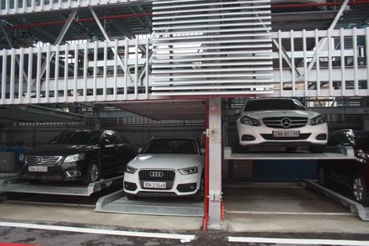 Hà Nội: Khánh thành giàn thép đỗ xe trên đường Trần Nhật Duật