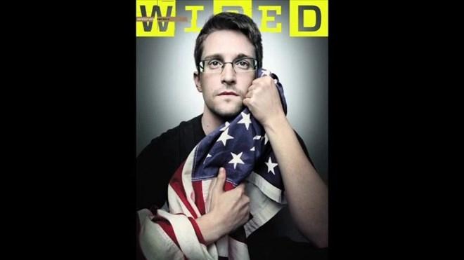 Cựu nhân viên CIA Edward Snowden lại khiến Washington bị sốc