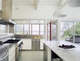 Thiết kế nhà bếp đẹp mê ly với thép không gỉ