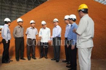 Bộ trưởng Vũ Huy Hoàng kiểm tra tiến độ Nhà máy sản xuất Alumin Nhân Cơ