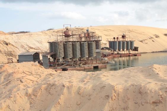 Các giải pháp ứng phó biến đổi khí hậu trong khai thác và chế biến sa khoáng Titan ven biển