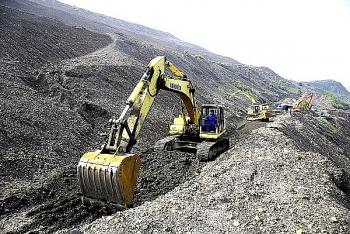 Than Núi Béo cán mốc khai thác 500.000 tấn than lộ thiên