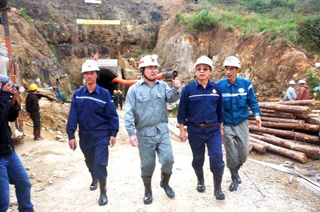 TKV tham gia giải cứu thành công nạn nhân vụ sập hầm