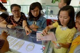 TP.HCM: Nhộn nhịp thị trường vàng ngày vía Thần Tài