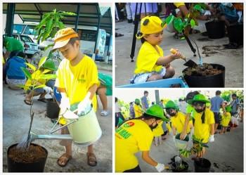 """""""Dạy trẻ trồng cây"""""""
