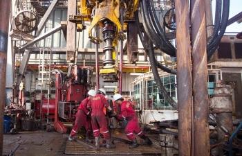 PV Drilling nỗ lực vượt sóng dữ
