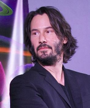 """Keanu Reeves xuất hiện nổi bật trên phim trường """"John Wick 4"""" tại Berlin"""