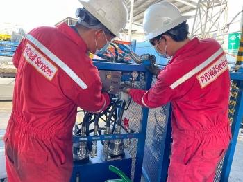 """Công đoàn PV Drilling động viên người lao động đang thực hiện """"3 tại chỗ"""""""