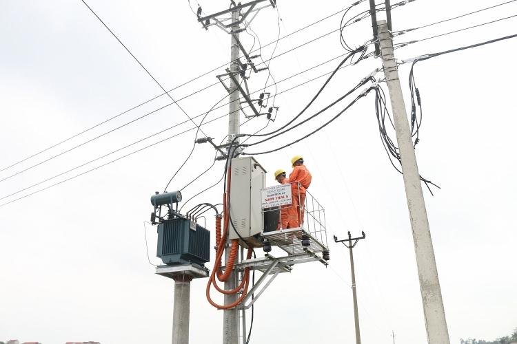 EVNNPC vừa tiến hành xét duyệt chủ trương đầu tư 67 dự án lưới điện 110kV tại 20 tỉnh, thành phố miền Bắc