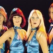 Huyền thoại ABBA trở lại sau 40 năm vắng bóng