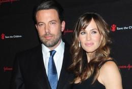 Cặp đôi vàng Hollywood xác nhận đã chia tay