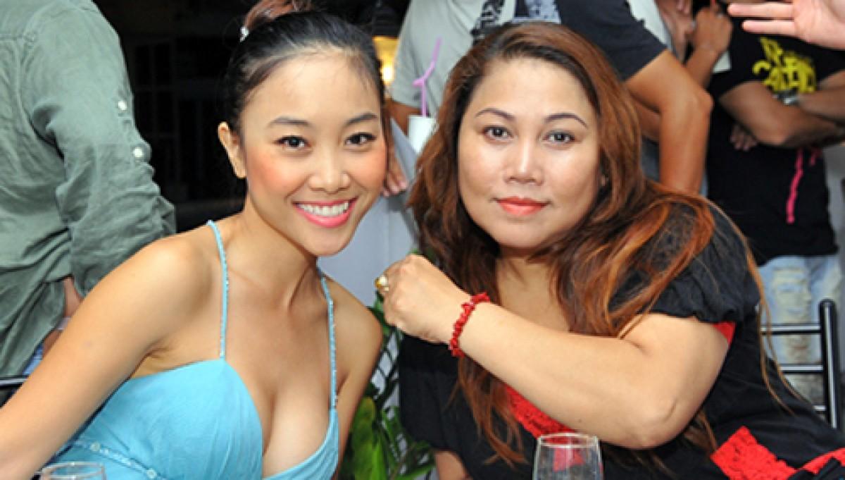 """""""Nghi án"""" Đoan Trang và Siu Black bằng mặt nhưng không bằng lòng"""