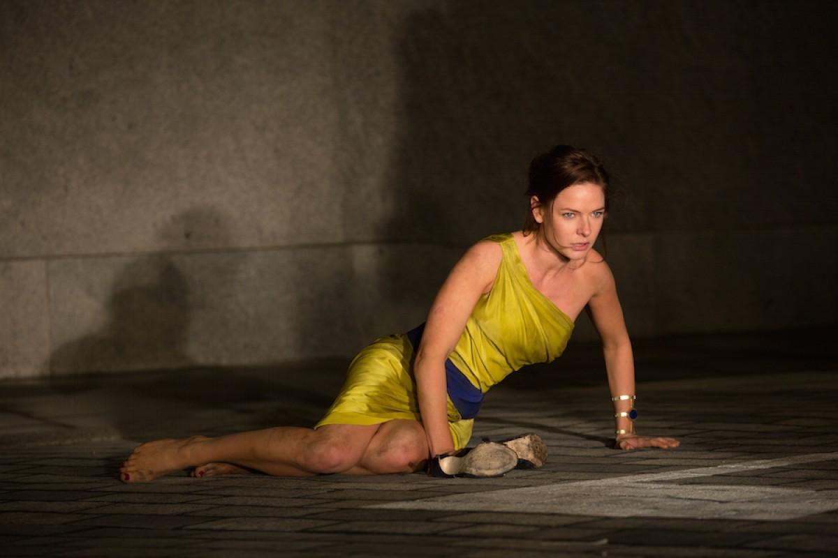 Ilsa Fault - bóng hồng bí ẩn của