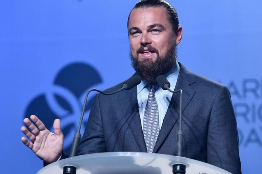 """Leonardo DiCaprio thắng kiện vụ """"có con với Rihanna"""""""