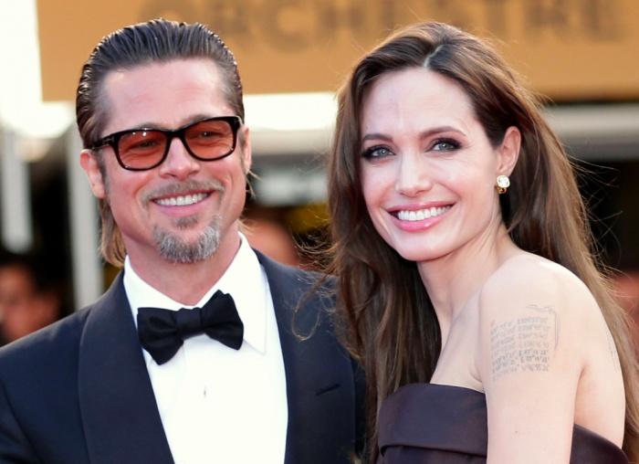 Angelina Jolie đã nộp đơn ly hôn