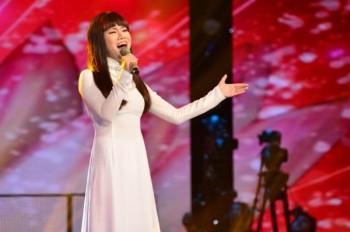 Ca sĩ Tuấn Hưng vắng mặt trong 'ngày vui' của trò cưng