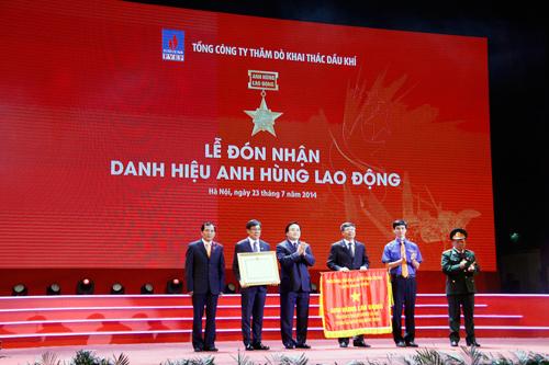 PVEP vinh dự tự hào đón nhận Danh hiệu Anh hùng Lao động