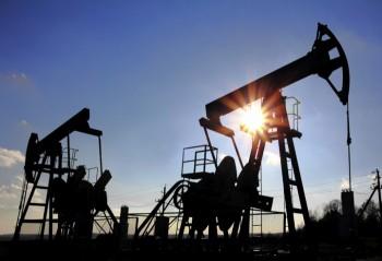 Tương lai khó đoán của thị trường cung-cầu dầu mỏ