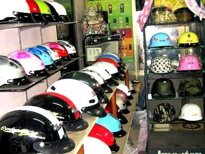 Người dân Hà Nội sẽ được trợ giá để đổi mũ đạt chuẩn