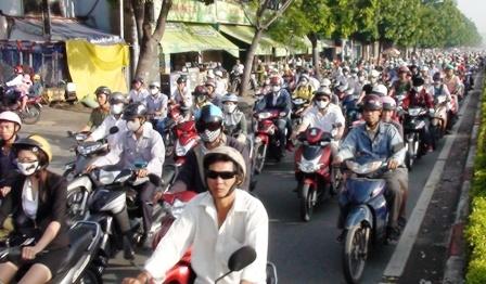 Hà Nội tiến hành thu phí bảo trì đường bộ đối với xe mô tô