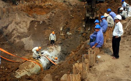 Bộ Xây dựng vào cuộc sau 5 lần vỡ đường ống nước sạch