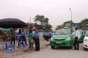 Bộ trưởng Đinh La Thăng yêu cầu rút quy định trang bị súng cho Thanh tra Giao thông