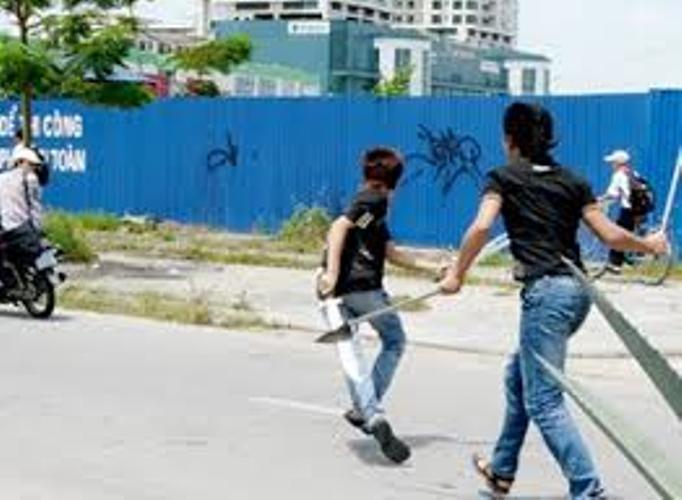 Nam thanh niên bị chém chết giữa đường