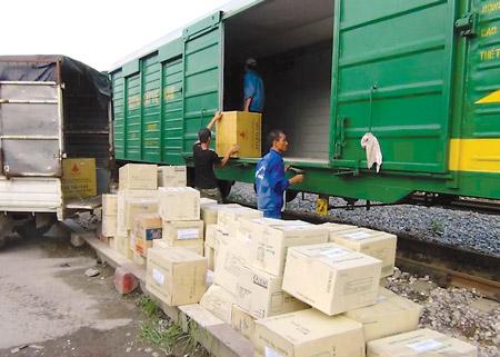 Vận tải đường sắt gặp khó khăn