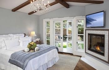 Cách tạo không gian phòng ngủ rộng rãi hơn