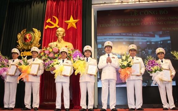 Giám đốc Công an Hà Nội, Hải Phòng được phong hàm cấp Tướng