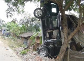 Gây tai nạn chết 3 người, bí thư huyện ủy lĩnh 3 năm tù treo