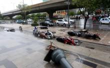 Hà Nội: 6 người thương vong do bão số 1