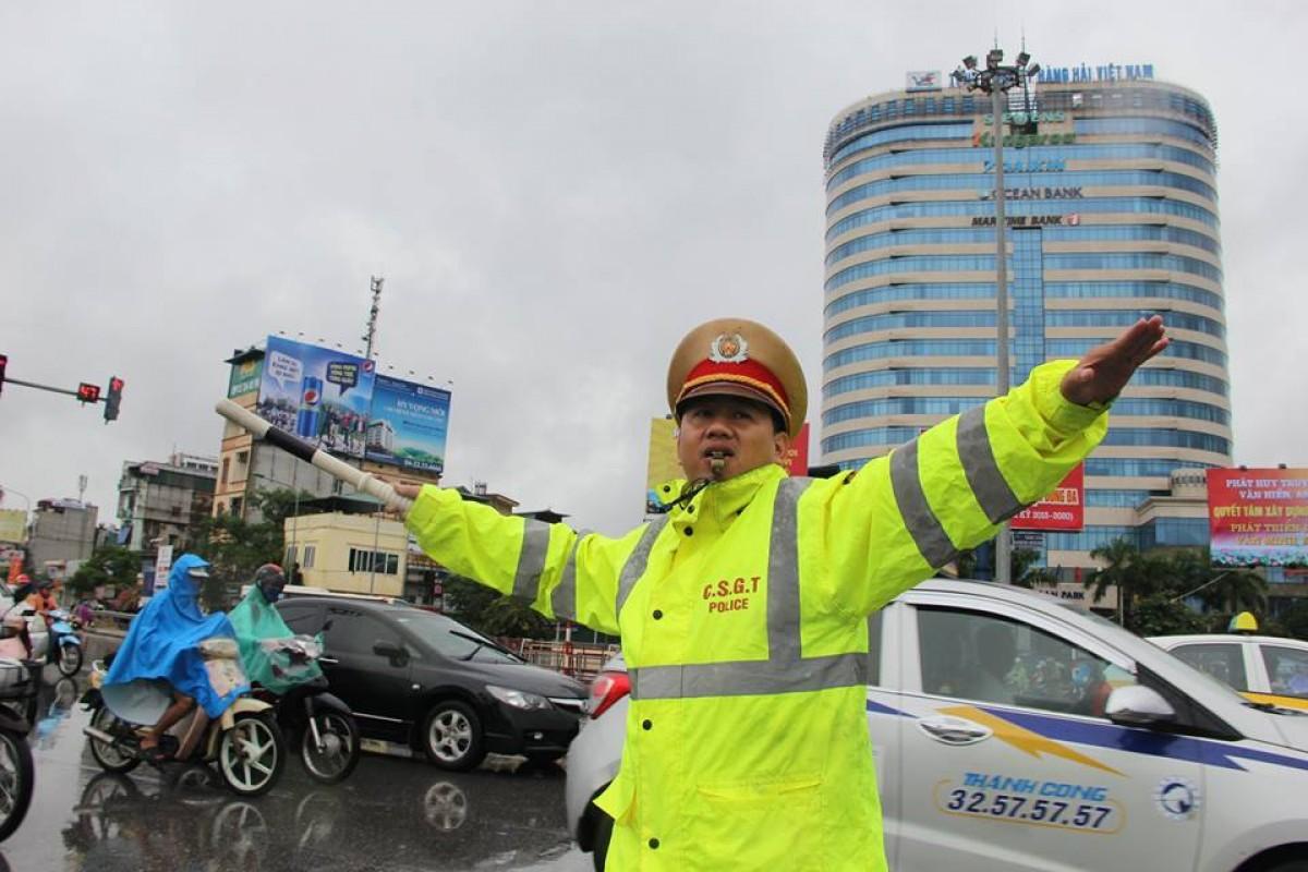 Công an Hà Nội chủ động lên phương án đối phó với ngập lụt