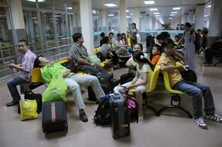Cục Hàng không Việt Nam lý giải việc chậm, hủy chuyến bay tăng bất thường