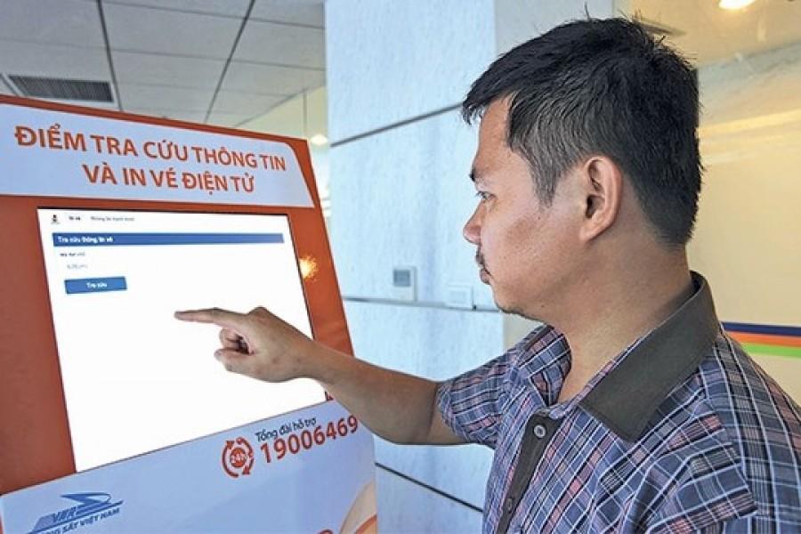 Hành khách tự đặt chỗ, thanh toán và in vé tàu hỏa