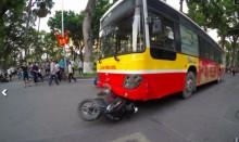 Xe buýt gây tai nạn liên hoàn, một người thiệt mạng