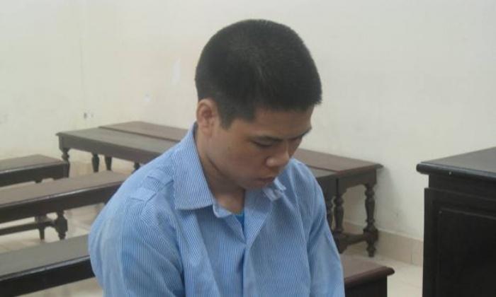 Thanh niên Trung Quốc cướp tài sản của nữ xe ôm ở Hà Nội