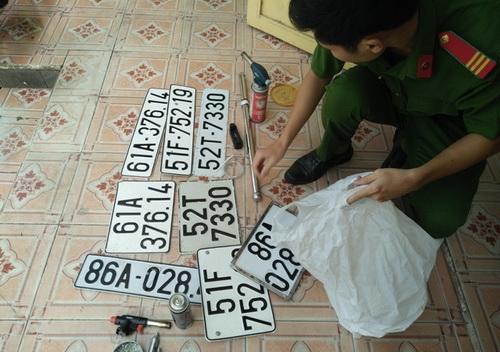Bắt kẻ cầm đầu băng cướp ôtô bằng súng tại Đồng Nai