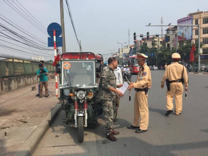 CSGT Hà Nội không ngại 'đụng chạm' tới xe ba bánh