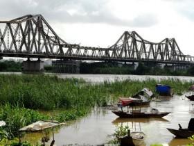 Mở nhà hàng, quán cà phê trên cầu Long Biên?