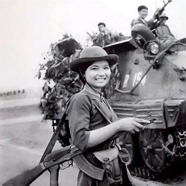 Những Hinh ảnh Lịch Sử Về đại Thắng Mua Xuan 1975