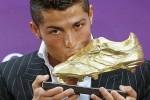 Chiếc giày vàng châu Âu 2010/11: CR7 vô đối