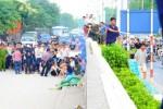 """Vụ trọng án ở đường Yên Phụ: Nạn nhân một mình """"chiến"""" với đám đông"""